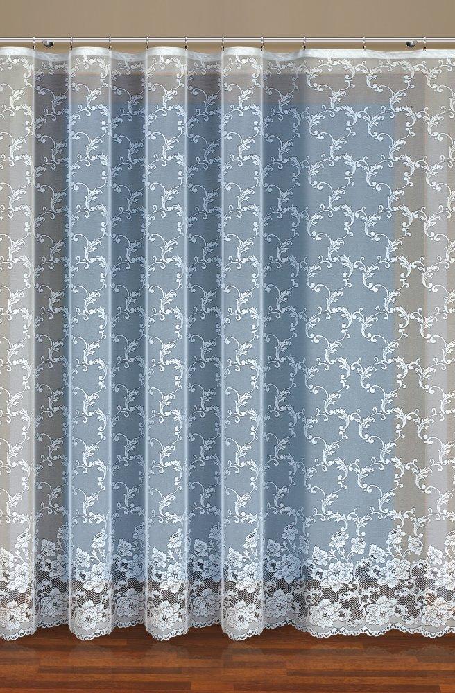 Dorotka, bílá záclona
