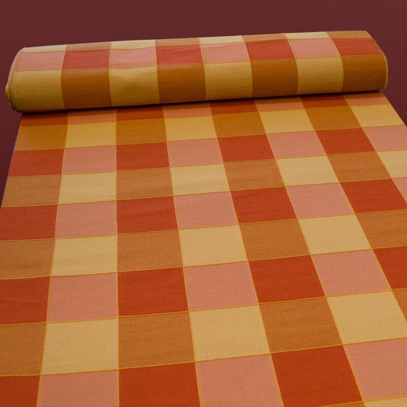 Kostka velká, oranžová, závěsovina