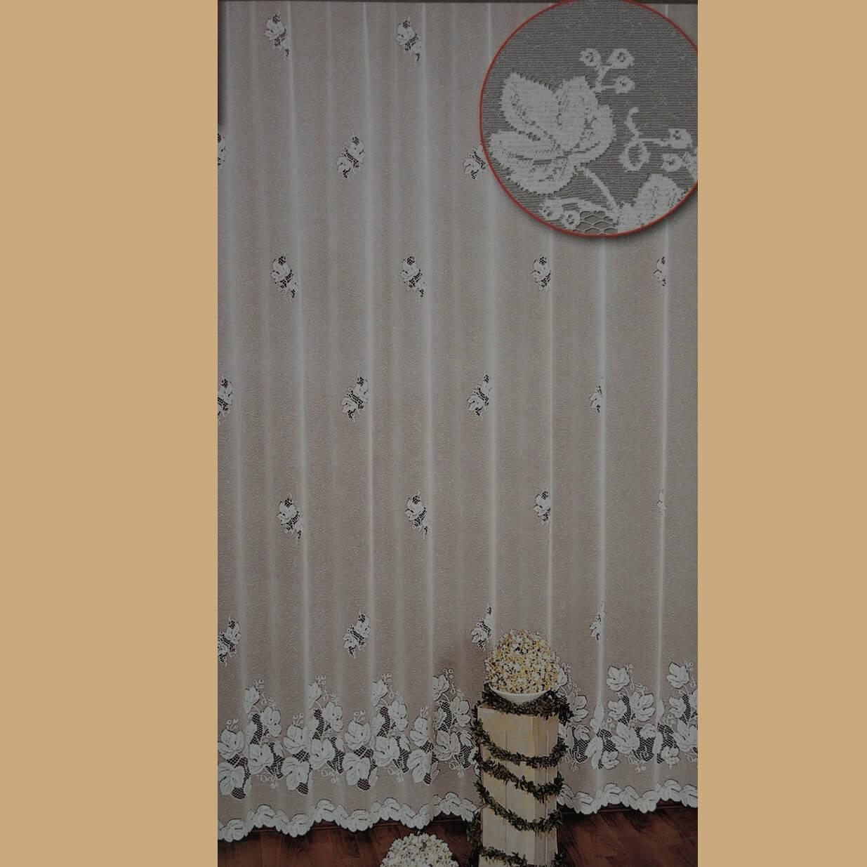 Regína, hotová záclona